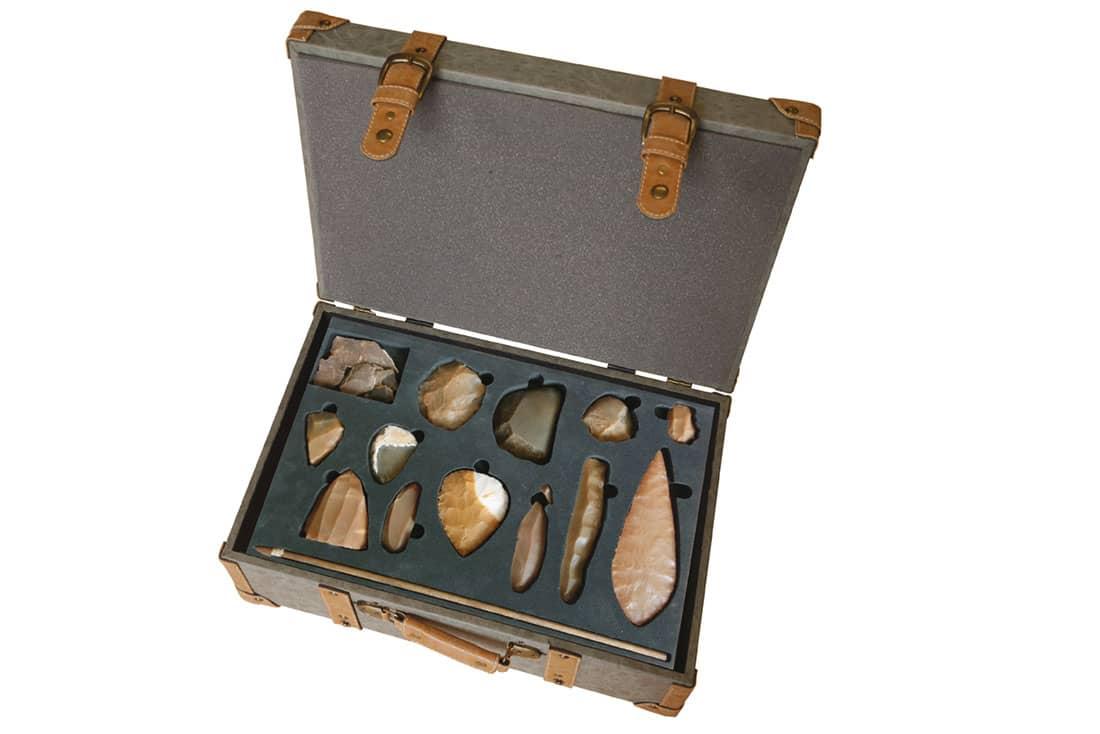 maletas didacticas educativas de prehistoria paleolitico edad de los metales para colegios universidad y museos